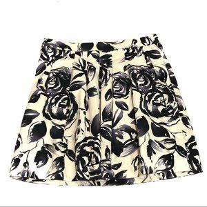 CAbi 465 Rosie Floral A-Line Pleated Skirt